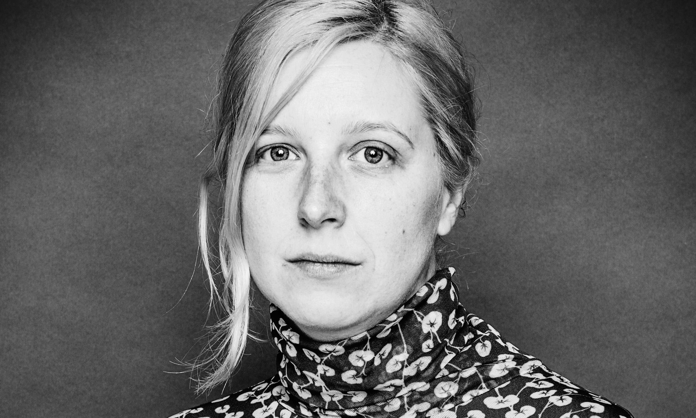 Varmt grattis till Svenska Ibsen-priset, EMMA BROSTRÖM!